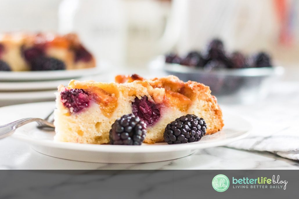 This Blackberry Peach Upside Down Cake is the epitome of summer. Enjoy a moist cake with a generous amount of blackberries and peach slices. Refreshing and sweet - and absolutely delicious!