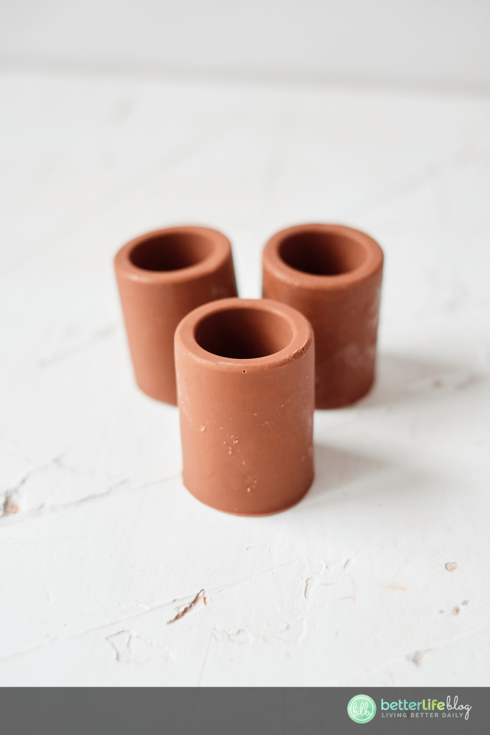 These edible hot chocolate shots will be a hit at your next gathering. They're simple to make but will make a lasting impression with your guests! It's double the chocolate for double the fun!
