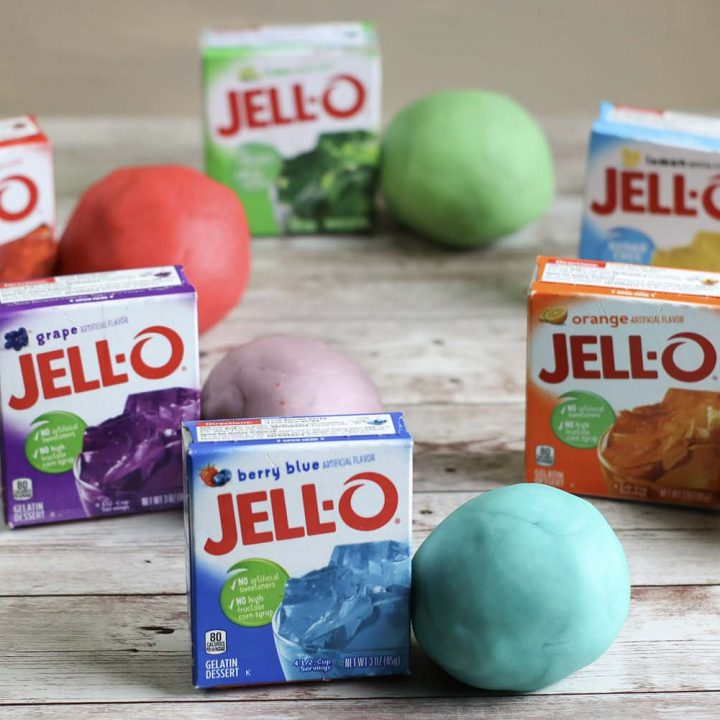 This Homemade Jello Playdough contains six simple ingredients and is really easy to make! You can have tons of fun choosing your color depending on the Jello flavor you decide to use. Your kiddo will absolutely love making this DIY with you.