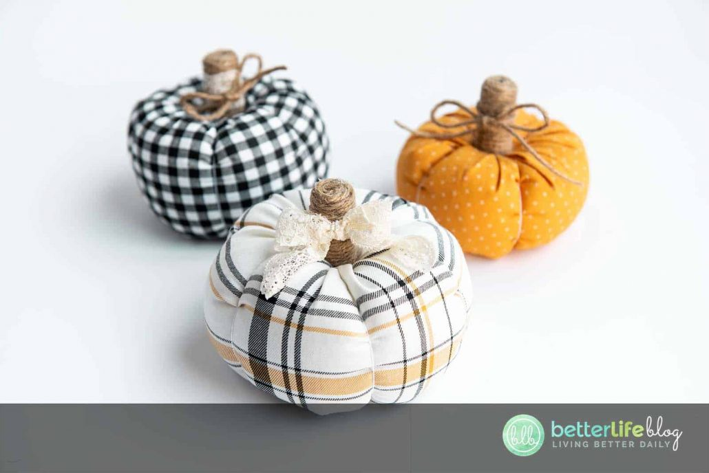 Pumpkins are my favorite embellishments when it comes to autumn décor. Today, I am showing you how to make beautiful DIY Fabric Pumpkins - and they're extremely easy to put together!