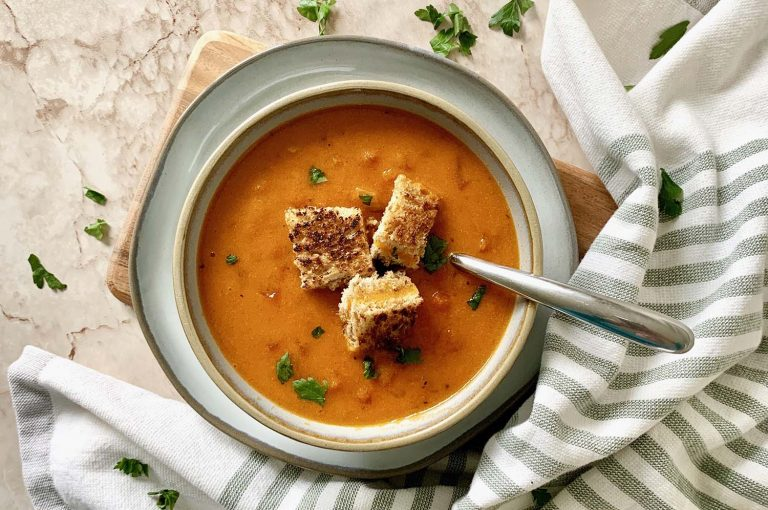 Tomato soup and grilled cheese are classics in the comfort food category. My Instant Pot Tomato Soup with Grilled Cheese Croutons is one for the books! You won't even believe how easy it is to whip up.