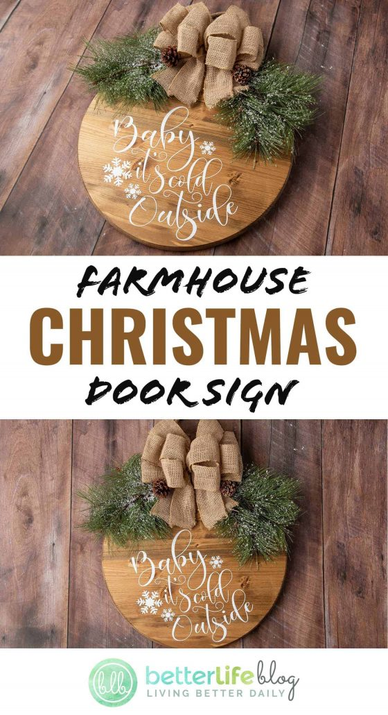 Farmhouse Christmas Door Sign - A fun tutorial using your trusty Cricut machine that's perfect for your home's holiday décor.